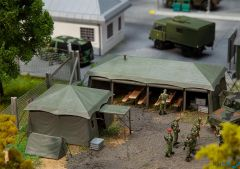 Zelte der Schweizer Armee