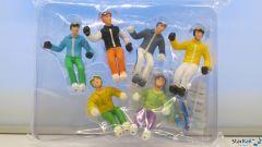 6 Figuren am Skifahren