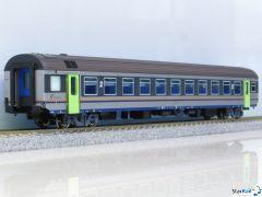 Personenwagen MDVE 2. Klasse DTR mit Innenbeleuchtung